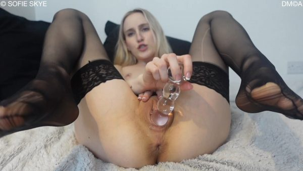 Sofie Skye – Stepdaughter gives Stepdaddy JOI